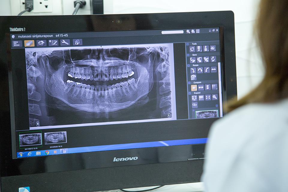 คลินิก-ฟ.ฟัน27-เครื่อง-x-ray